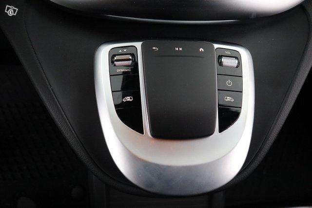 Mercedes-Benz EQV 14
