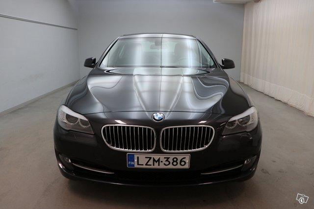 BMW 5-sarja 4
