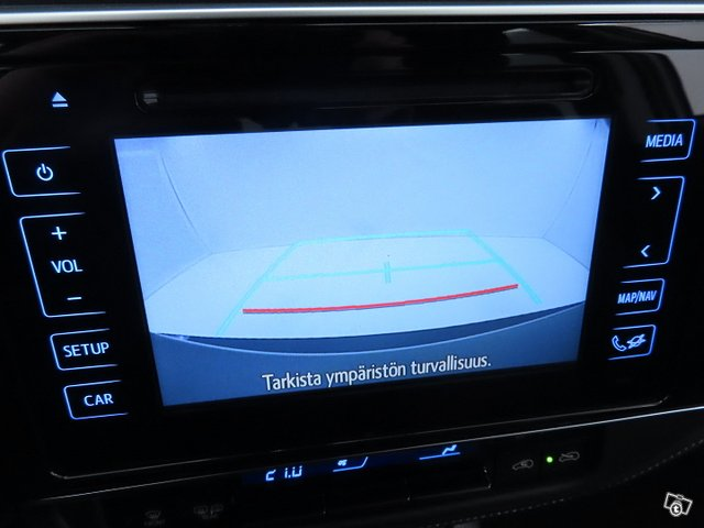 Toyota AURIS 21