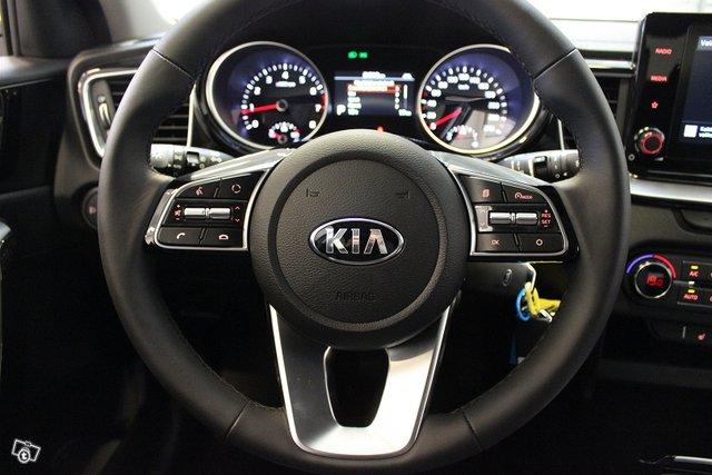 Kia XCeed 9
