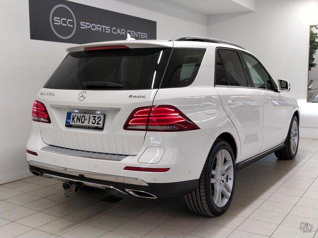 Mercedes-Benz GLE 2