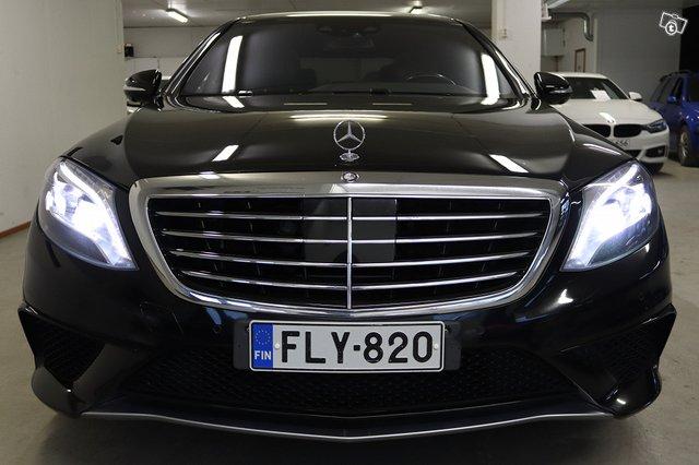 Mercedes-Benz S 63 AMG 2