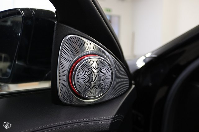 Mercedes-Benz S 63 AMG 14