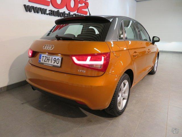 Audi A1 4