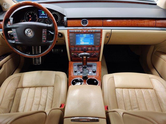 Volkswagen Phaeton 10