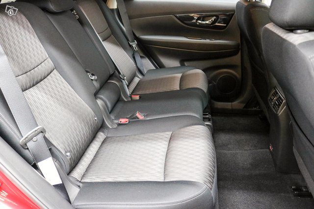 Nissan X-TRAIL 13