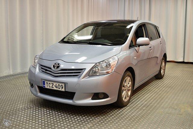 Toyota Verso 7