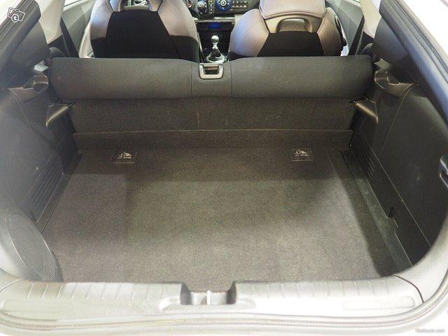 Honda CR-Z 10