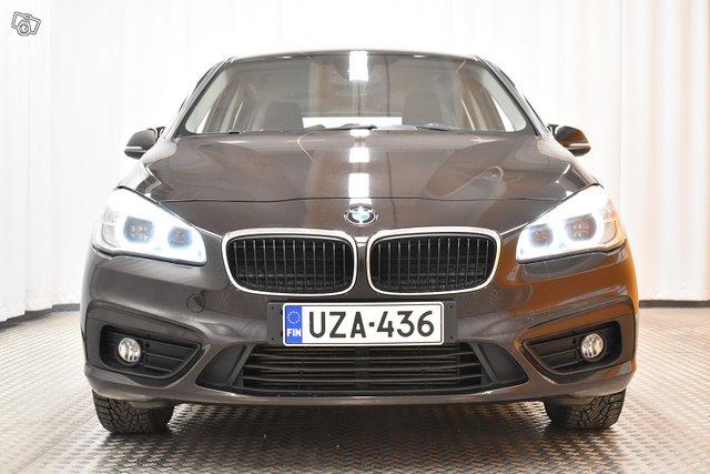 BMW 218 3