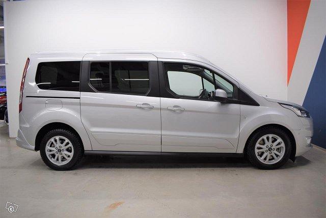 FORD Grand Tourneo Connec 6