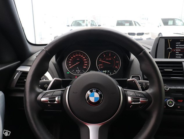 BMW 220 9