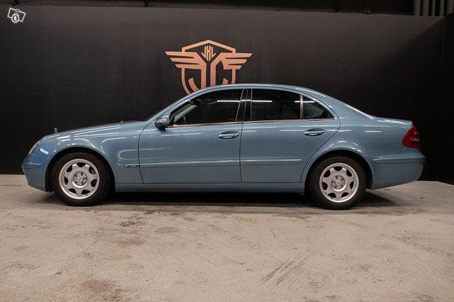 Mercedes-Benz E 220 CDI 4