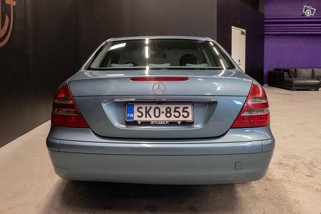 Mercedes-Benz E 220 CDI 7