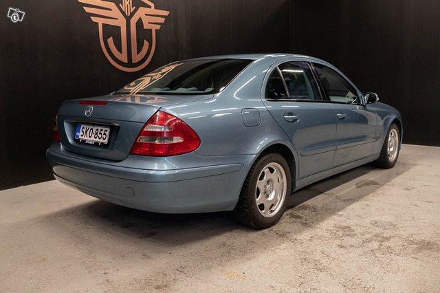 Mercedes-Benz E 220 CDI 8