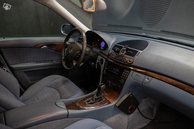 Mercedes-Benz E 220 CDI 10