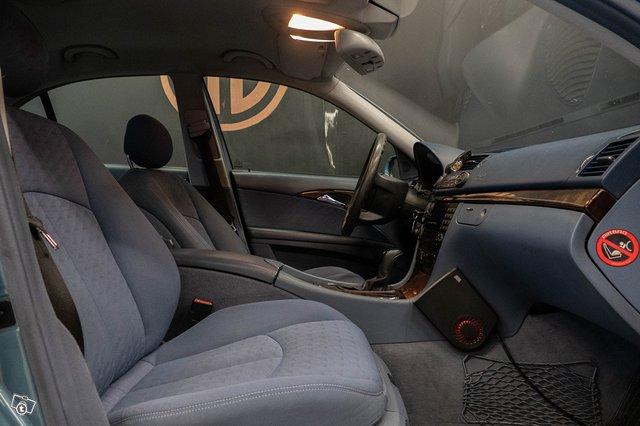Mercedes-Benz E 220 CDI 14