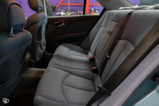 Mercedes-Benz E 220 CDI 18