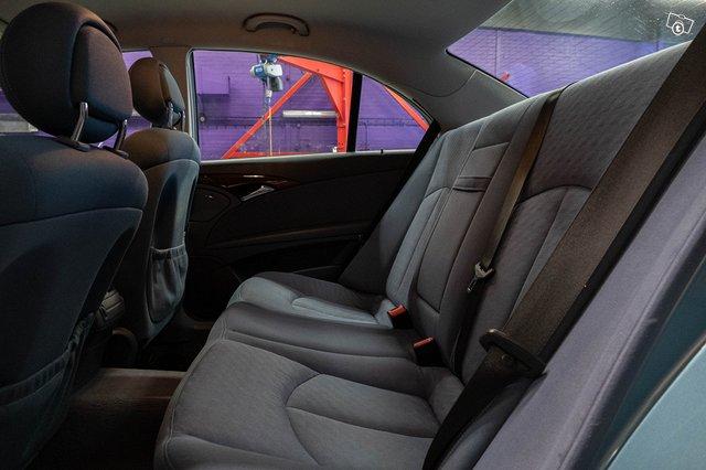 Mercedes-Benz E 220 CDI 19