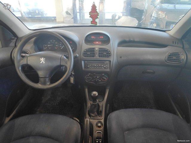 Peugeot 206 10