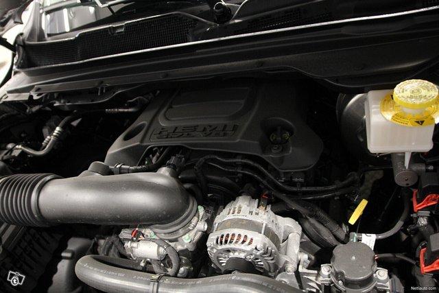 Dodge Ram 25