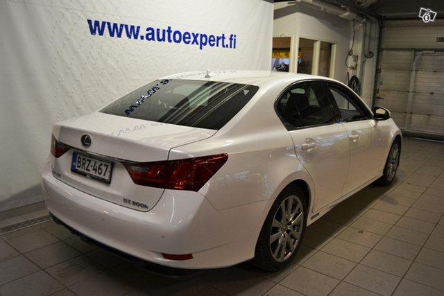 Lexus GS 8