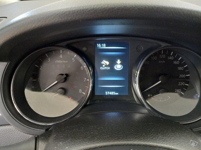 Nissan Pulsar 12
