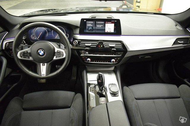 BMW 520 17