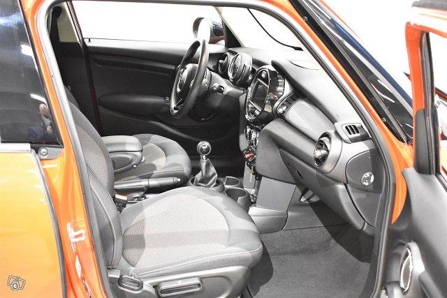 MINI Hatchback 10