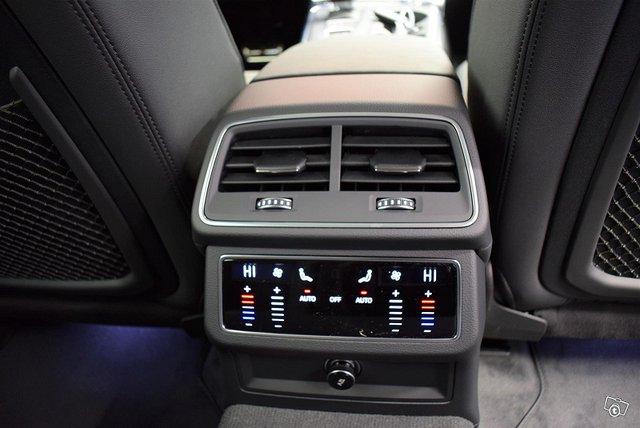 Audi A6 Allroad Quattro 13