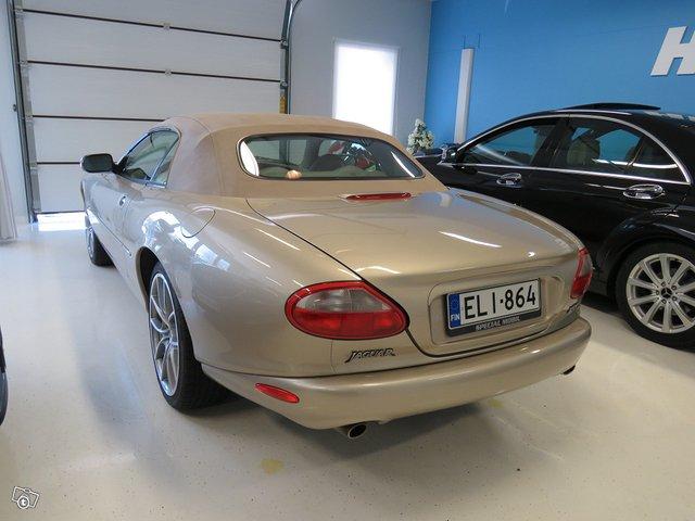 Jaguar XK8 3