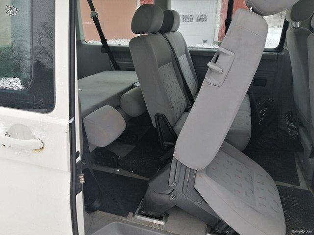 Volkswagen Caravelle 14