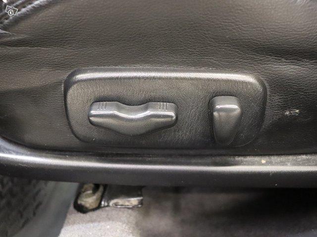 Nissan Maxima 17
