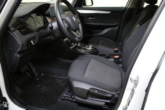 BMW 2-sarja 6