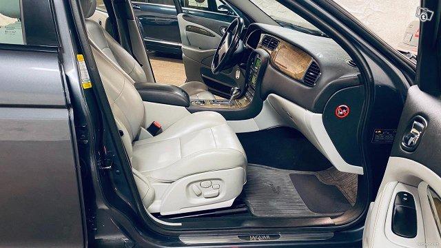 Jaguar S-Type 20