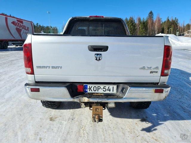 Dodge Ram 2500 8
