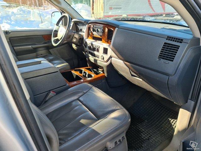 Dodge Ram 2500 17