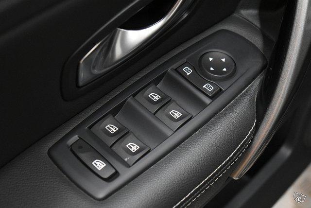 Renault Laguna 18
