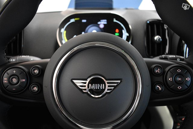 Mini Countryman 16