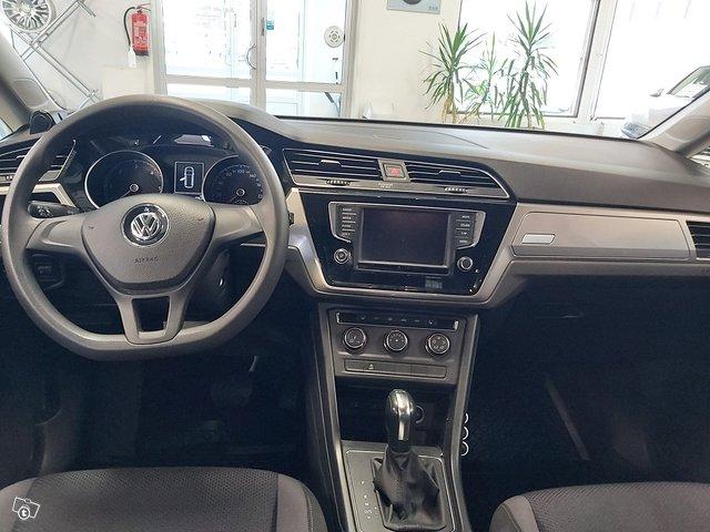 Volkswagen, VW TOURAN 5
