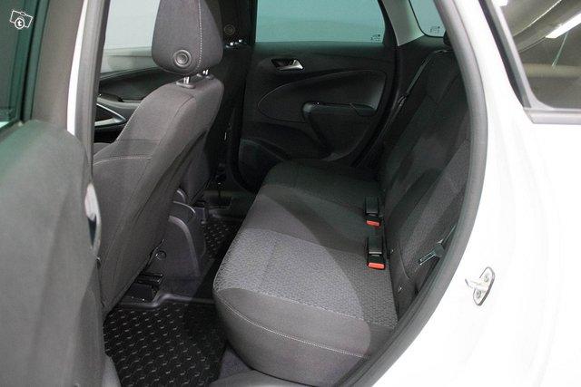 Opel Crossland X 12