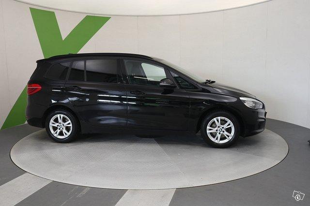 BMW 216 2