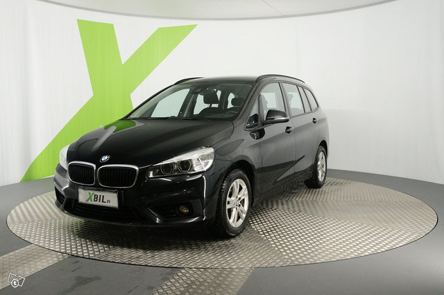 BMW 216 12