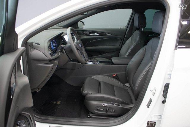 Opel INSIGNIA 7