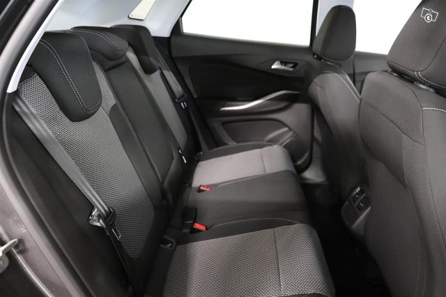 Opel Grandland X 8