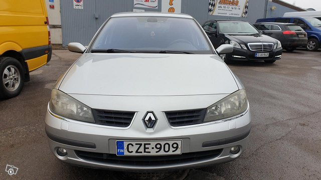 Renault Laguna 5