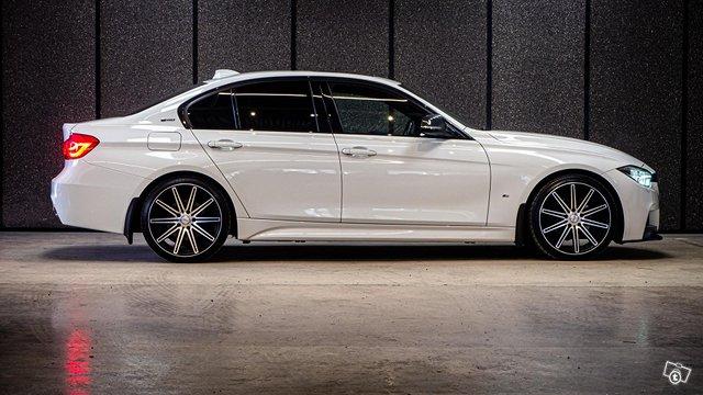 BMW 330E IPERFORMANCE 10