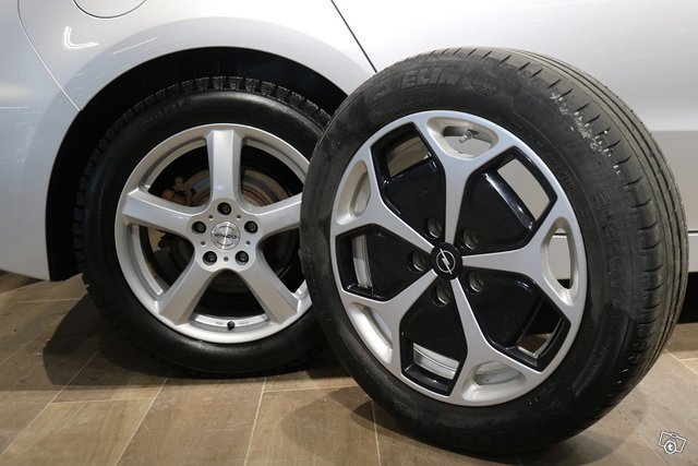 Opel Ampera 12