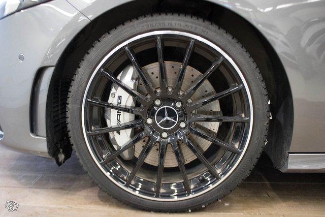 Mercedes-Benz A 35 AMG 18