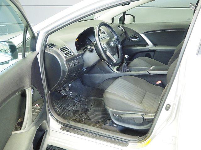 Toyota Toyota Avensis 7
