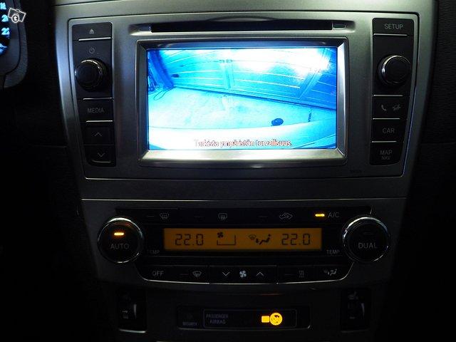 Toyota Toyota Avensis 8